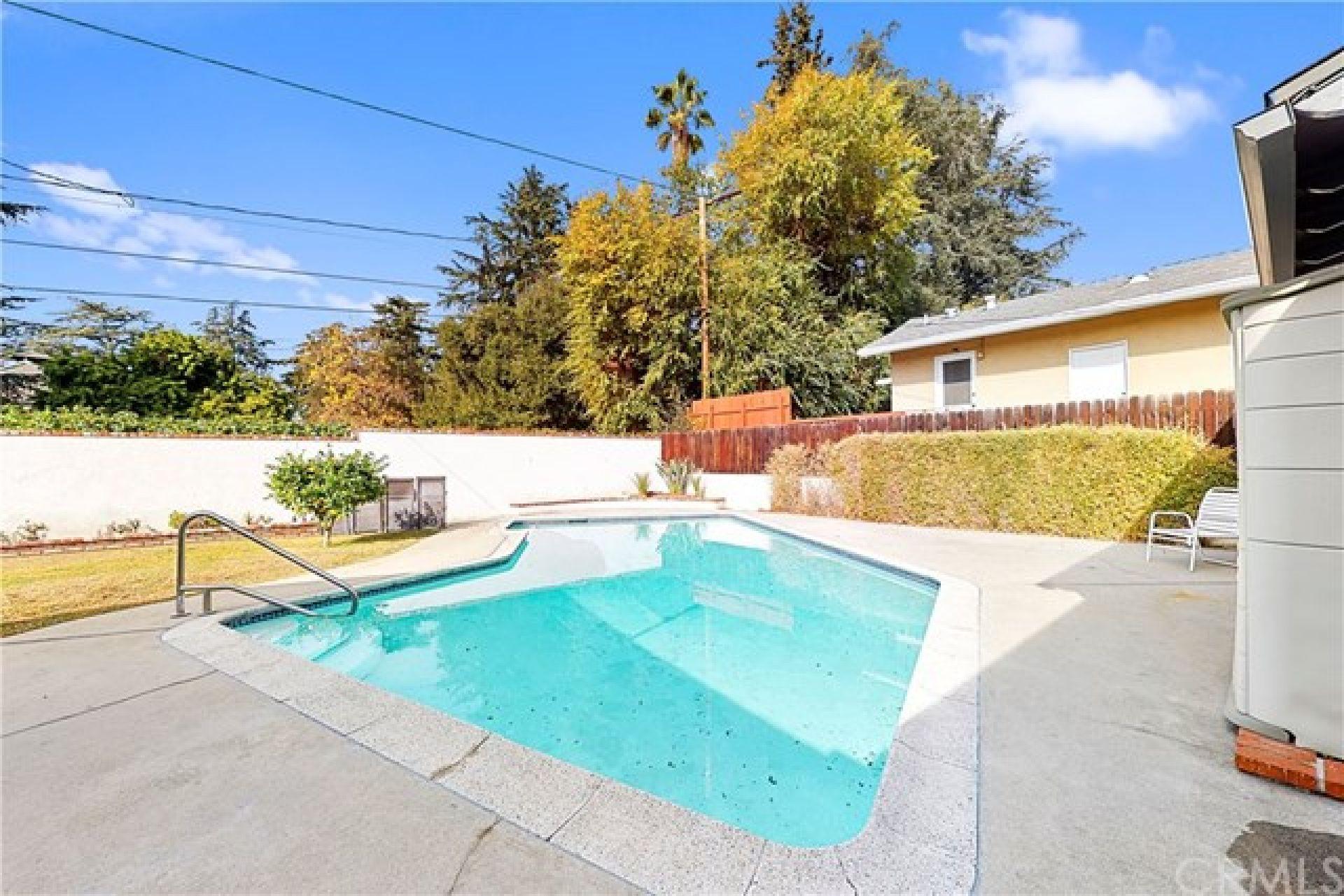 2745 Scripps Place, Altadena CA: